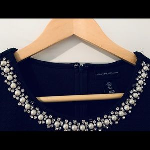 Adrienne Vittadini Top with neck jewellery Size L